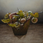 Flowerpot with medlars