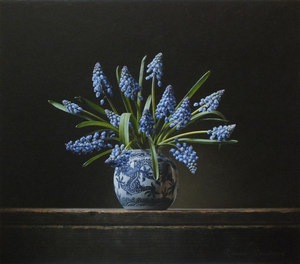 Still life paintings by Roman Reisinger.