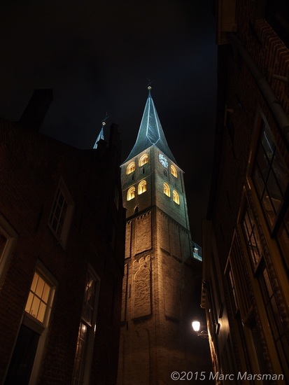 Bergkerk @ night