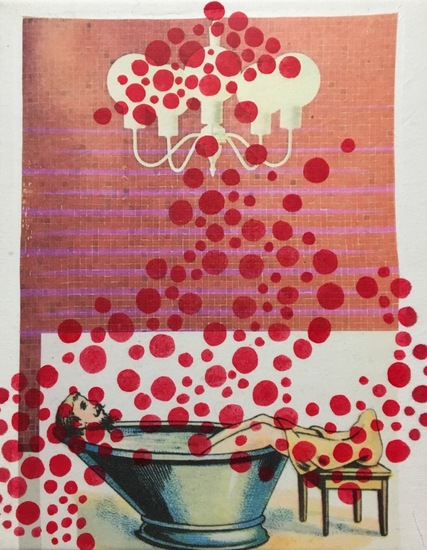 A bath with red dots